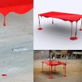 Bloody Table Skulptur