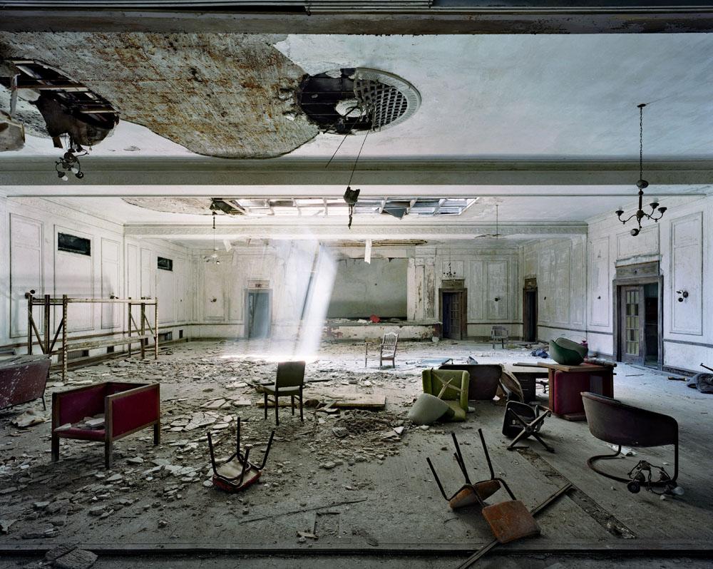 Ruins of Detroit - MarchandMeffre