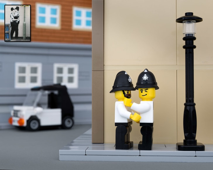 "Lego Banksy ""Kissing Coppers""."