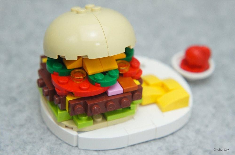 Hamburger aus Lego-Bausteinen