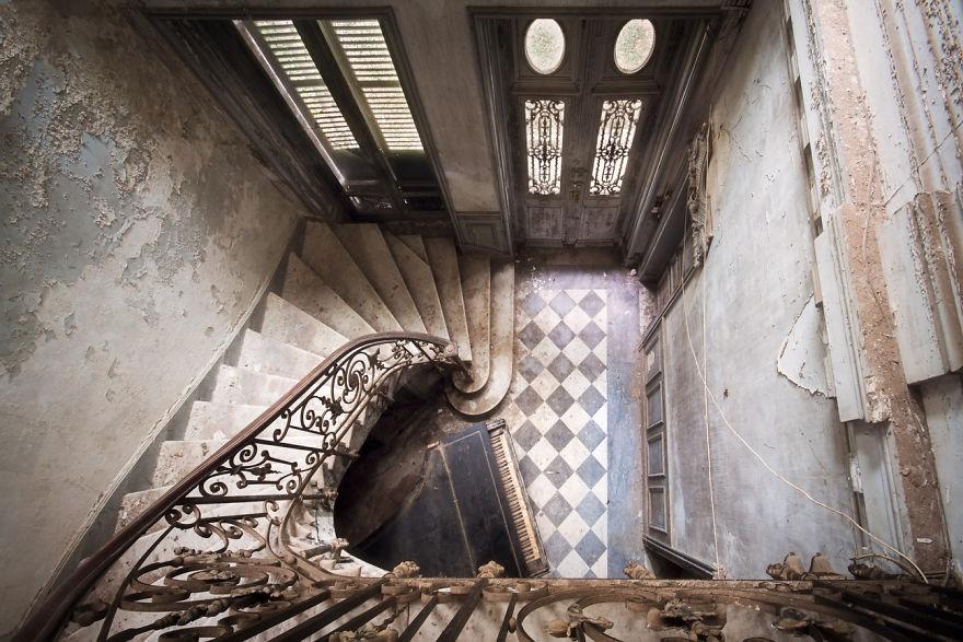 Roman Robroek Treppenhäuser Fotografie