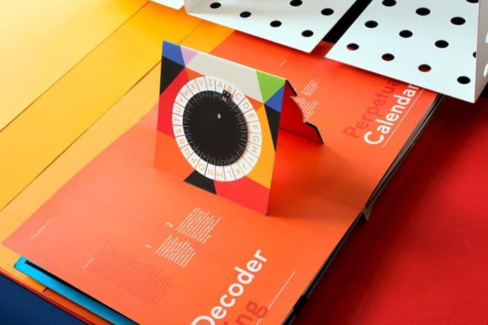 Kelli Anderson - This Book Is A Planetarium - Buch als Planetarium