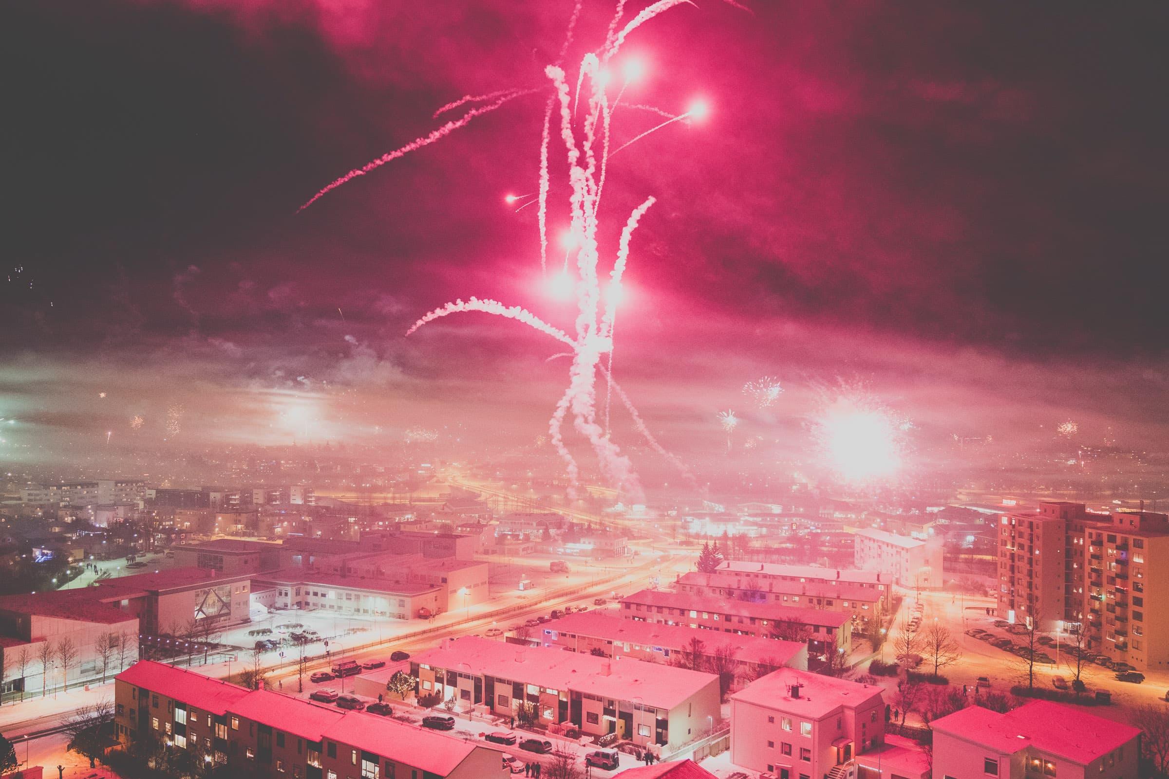 Siggeir Hafsteinsson Feuerwerk vom Dach