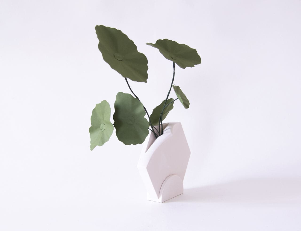 extra&ordinary Eileen Ng Teumsae Design