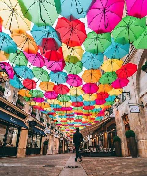 Umbrella Sky von James Wong (@wonguy974)