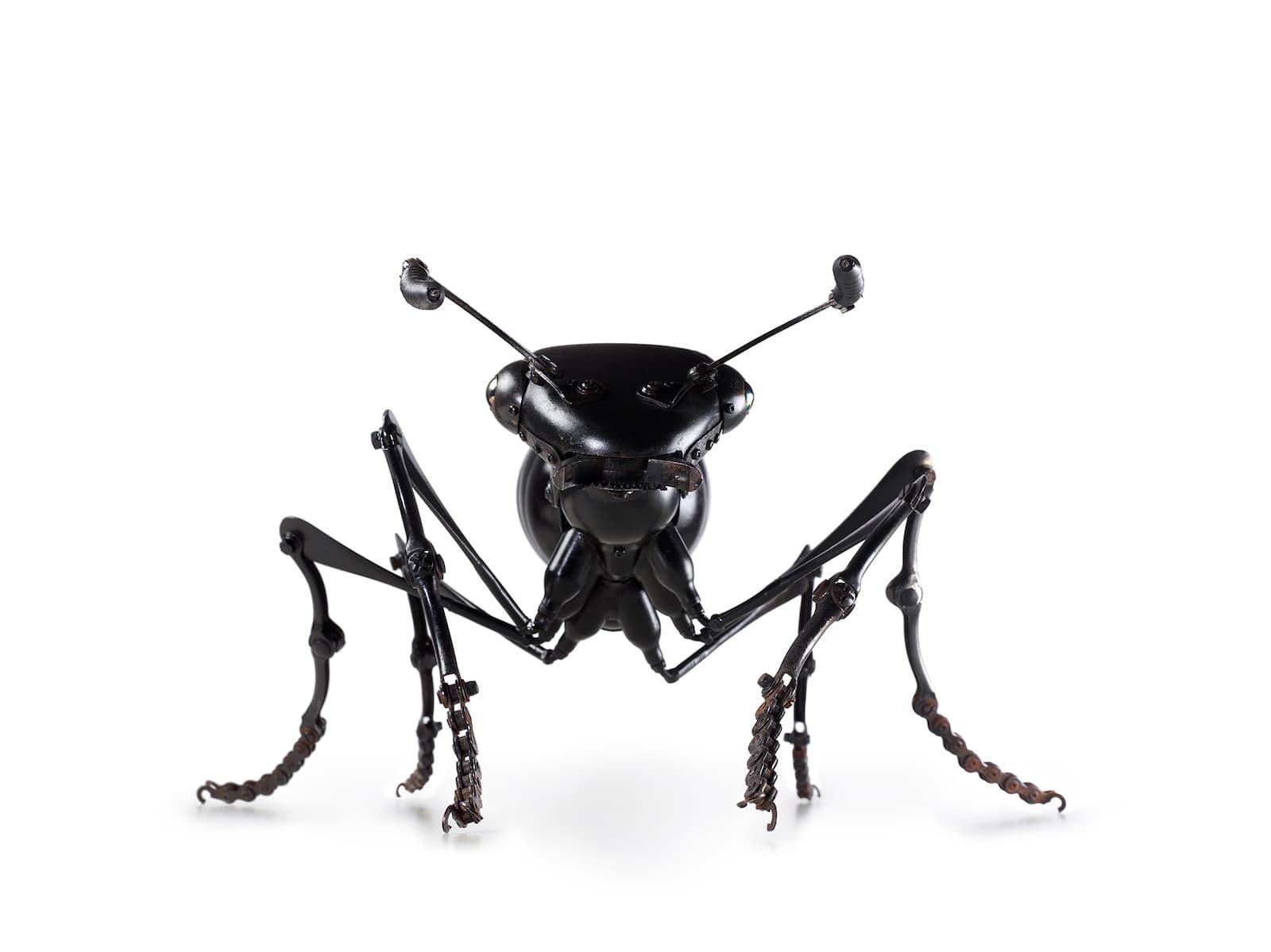 Edouard Martinet - Insekten aus alten Fahrzeugteilen