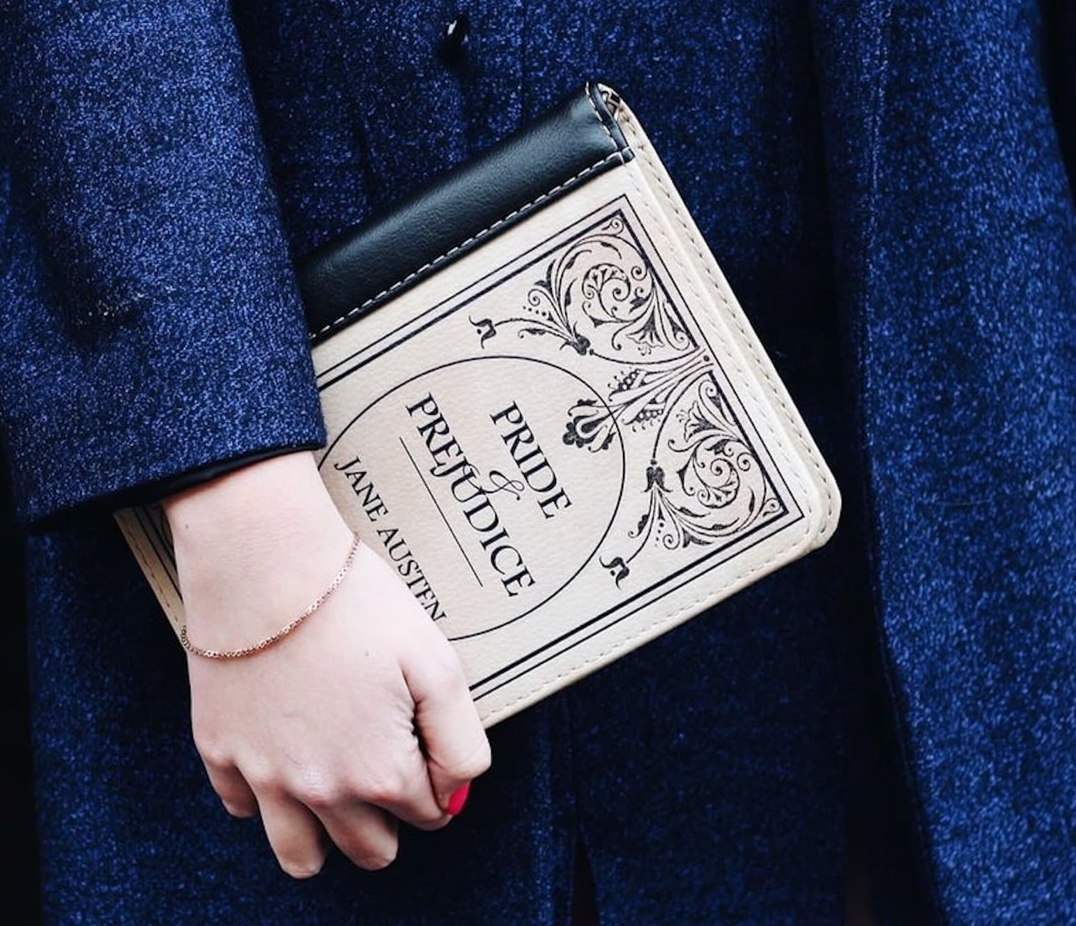 BAGatelle Studio Book Clutches