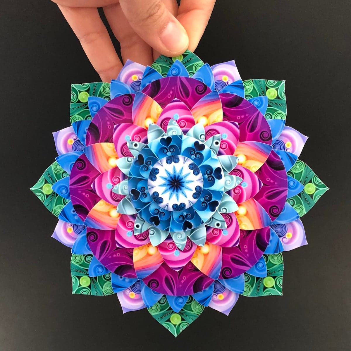 Sena Runa Paper Quilling - Kunst aus Papier