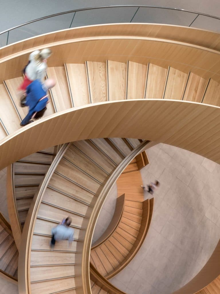 The United Staircase im Olympic House - von 3XN Architects