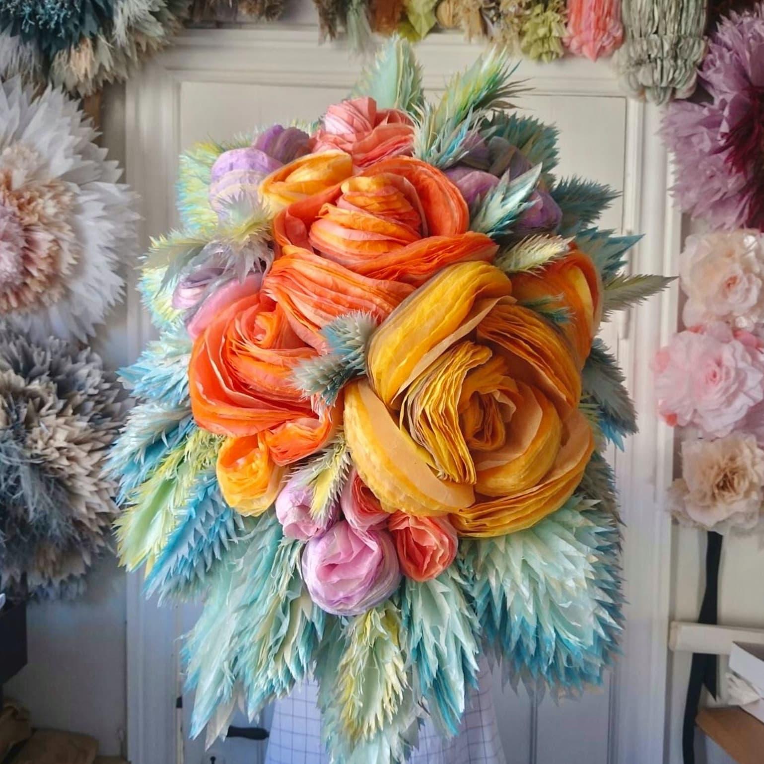 Marianne Eriksen Scott-Hansen - Papierblumen aus Seidenpapier