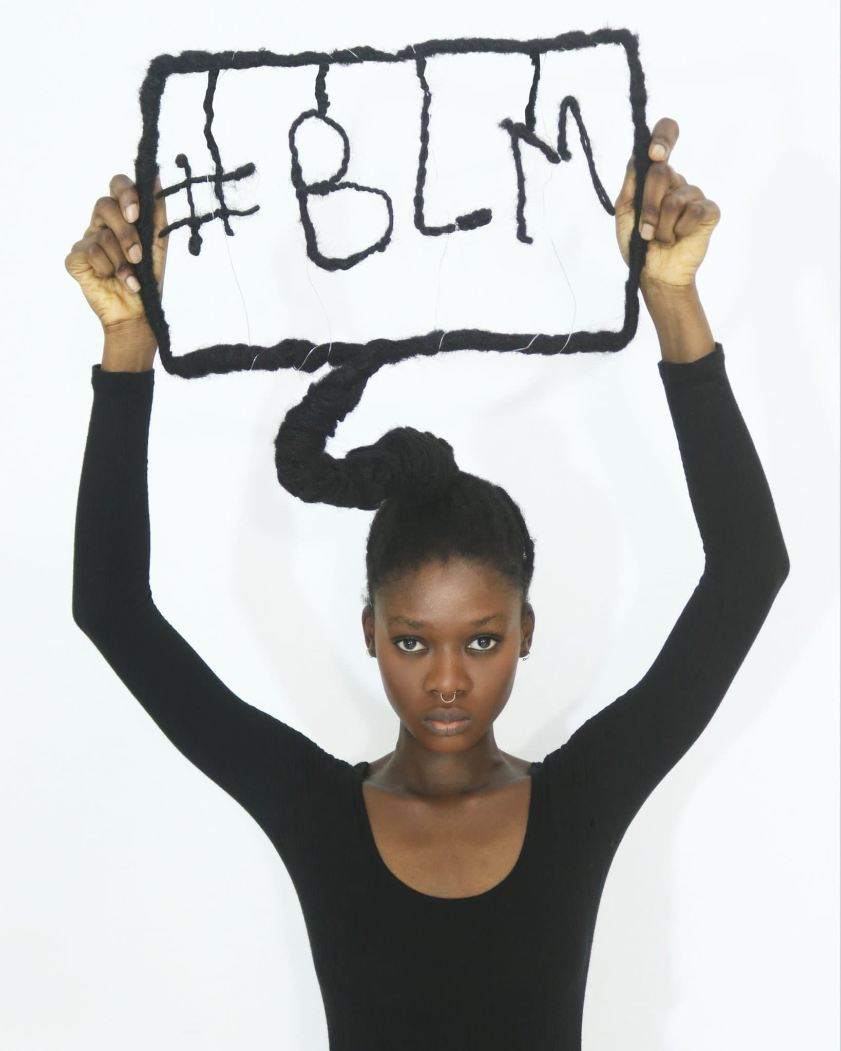 Laetitia Ky Haarskulpturen - Black Lives Matter